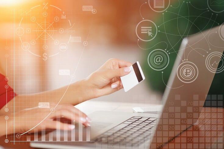 Fraude con tarjeta de crédito clientes que presionan