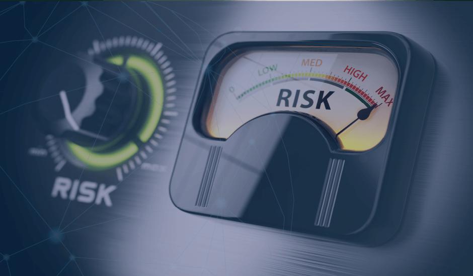 ¿Cómo puedo agregar riesgos de negocio o de transacciones significativas a la Herramienta AuditX?